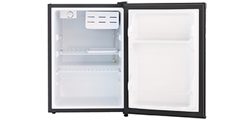Компактный однокамерный холодильник Shivaki SDR-062S