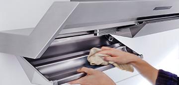 Уход за вытяжками: смена и мытье фильтров, чистка вентиляционных систем