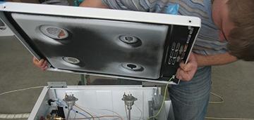 Запах газа во время или после работы газовой кухонной плиты